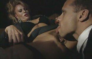 Eine Anzahl haus frauen sex de von Stücken in einer Hautnadel.