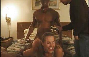 Das Mädchen hat mündliche reife frau sex Arbeit.