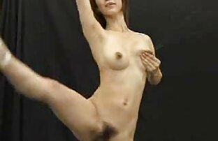Rasierte Küken, Sohn, Tochter, Huhn in der Kunstsammlung. frauen sex pferd
