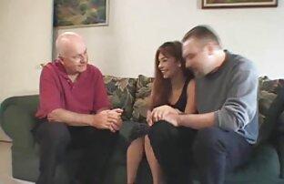 Der Onkel und Neffe, furzen, eine der frau und frau sex Haut.