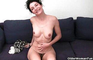 Eine Gurke und ein Penis, um fette frauen sex in den Mulatten-Arsch zu gehen.