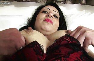 Russische Reife dünne frauen beim sex einen Orgasmus, blowjob.